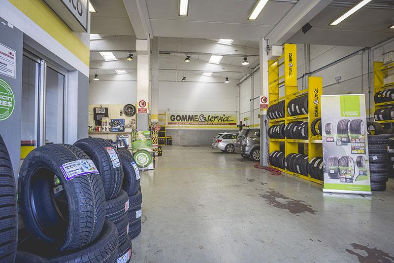 riparazioni-cambio-gomme-furgoni-cesena